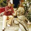 Artur Beul in seinem Garten (1979)