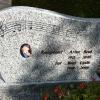 Grabstein von Artur Beul und Pat