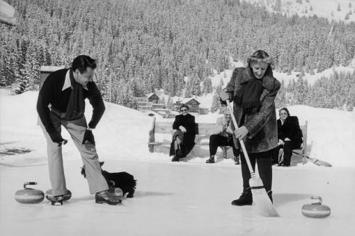 Artur und Lale - Curling in Arosa
